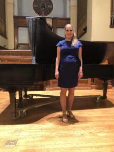 Leandra Pregnant Singing